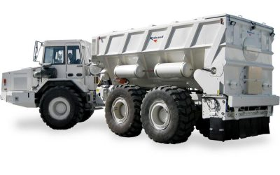 Rozsypywacz ELH 15 – 17 mounted on articulated dumper
