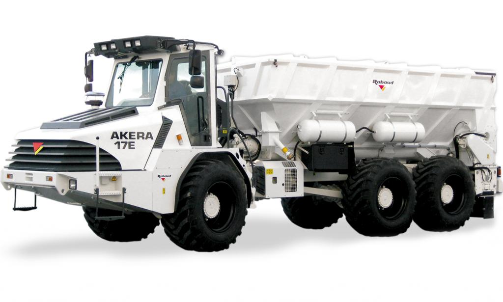Self propelled binding agent Spreader : AKERA 17E